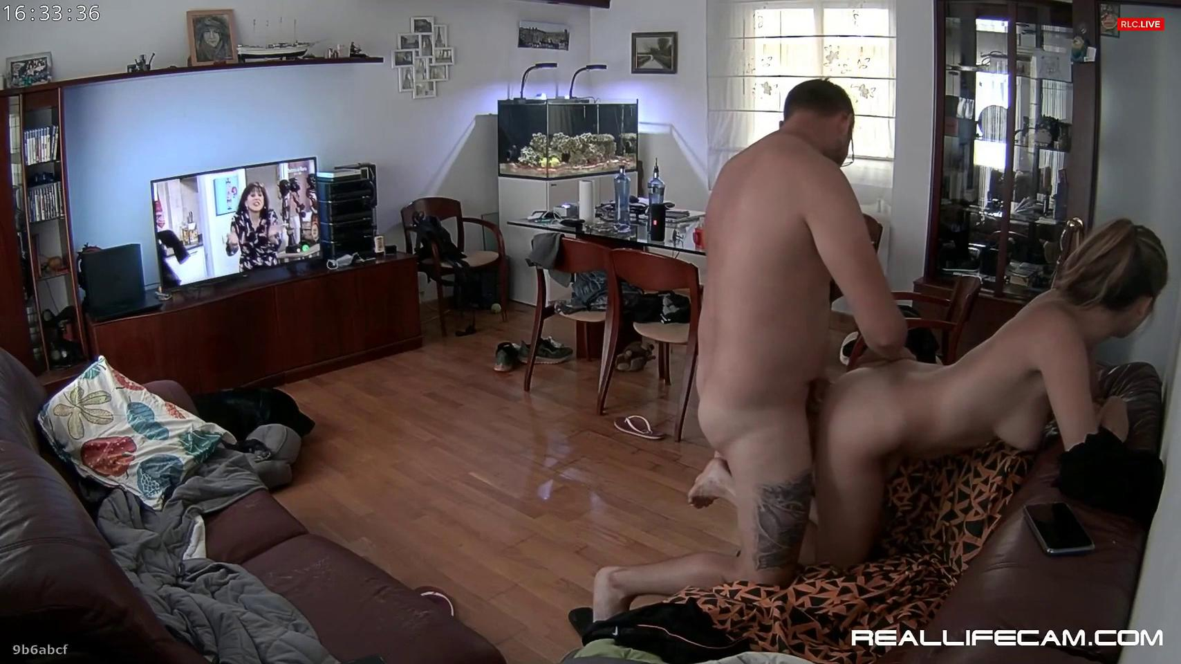 Reallifecam Alberto and Martin have sex on the couch and are interrupted by Martinas phone ringing 13 09 2021